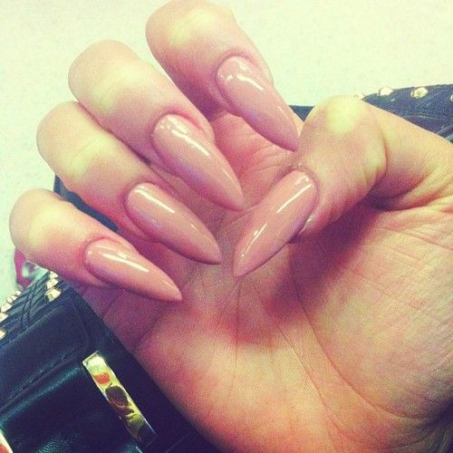 Styles With Nails Are Pretty